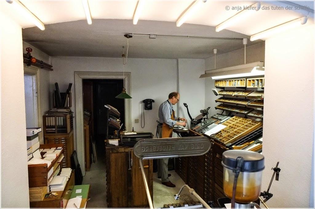 handsatzdruck, druckerei, arbeitsschritte handsatzdruck, visitenkarte, handsatzdruckerei- eimsbüttel, hamburg, grath & kaspar