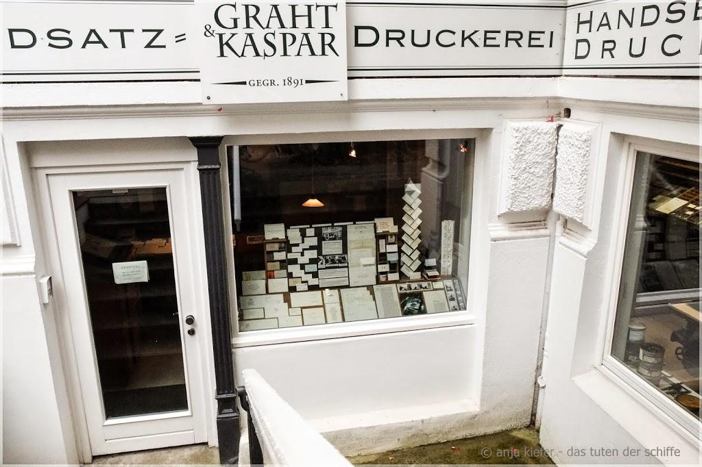 druckerei, handsatzdruck, arbeitsschritte handsatzdruck, visitenkarte, handsatzdruckerei- eimsbüttel, hamburg, graht & kaspar