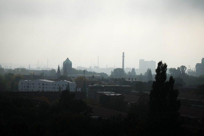 tour durch hamburg blick vom energiebu ker wilhelmsburg